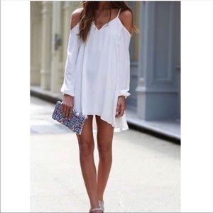 Lovers + Friends   White Cold Shoulder Dress Sz M